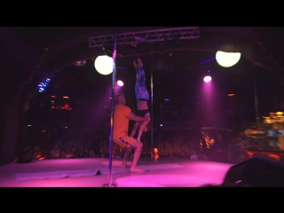 Pole dance studio Skyline Акро-йога Аркадий и Дарья