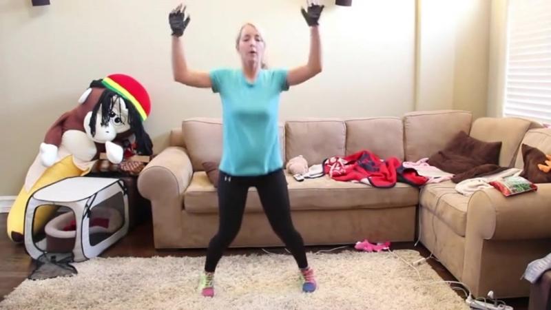 Дженна Марблс _ Jenna Marbles - Тренировка в домашних условиях