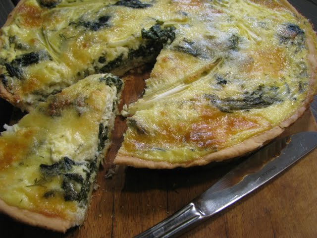 Как сделать французский пирог Киш Лорен с творогом и шпинатомQuiche Lorraine