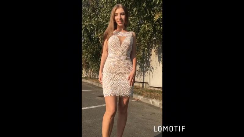 Белое короткое платье в камнях на свадьбу в Ростове