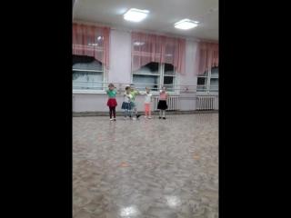 даша на танцах