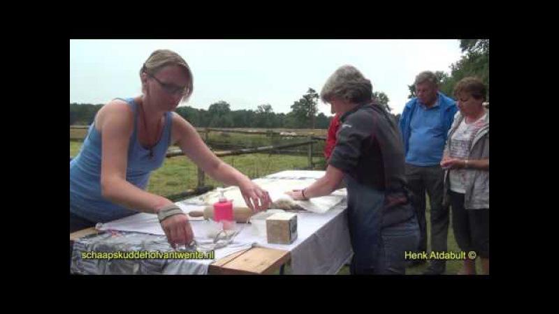 Demonstratie Vachtvilten door de Wolwerkplaats,ook geven wij diverse Workshops