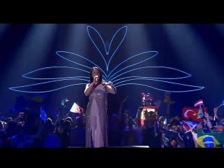 Man shows ass fail - hombre enseña el culo - eurovision 2017 final - jamala - i believe in u