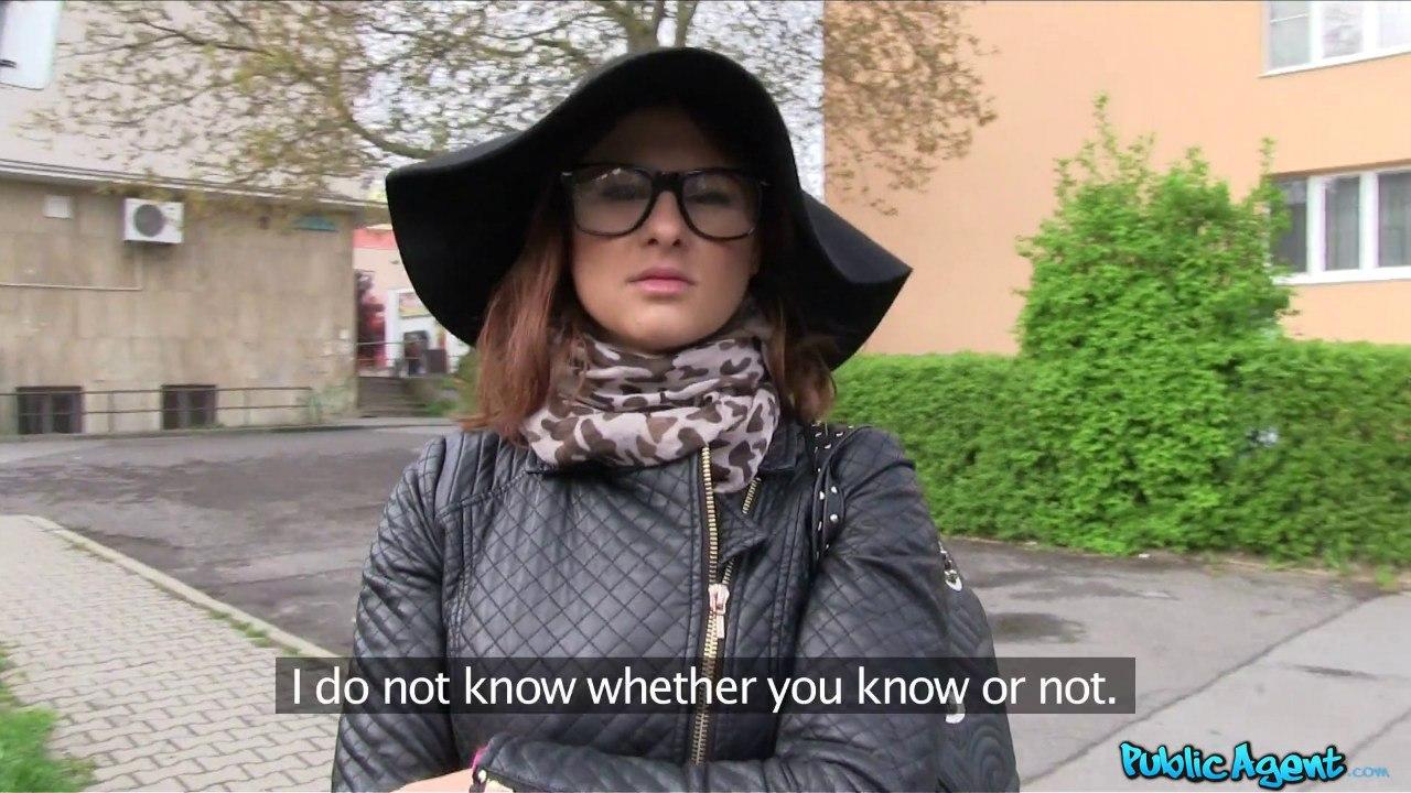 PublicAgent: Billie Star (Студентка модель трахается с незнакомцем)