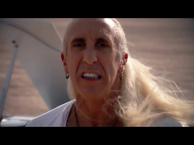 Dee Snider's Emotional Stripped Down Version of We're Not Gonna Take It