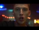Machine Gun Kelly feat. Hailee Steinfeld - At My Best