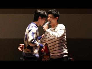 170401 Джу Хёк и ДжиСу поют «puzzle» C Jamm & BewhY