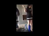 Evde Neşeli Arap Kızlardan Harika Dans.mp4