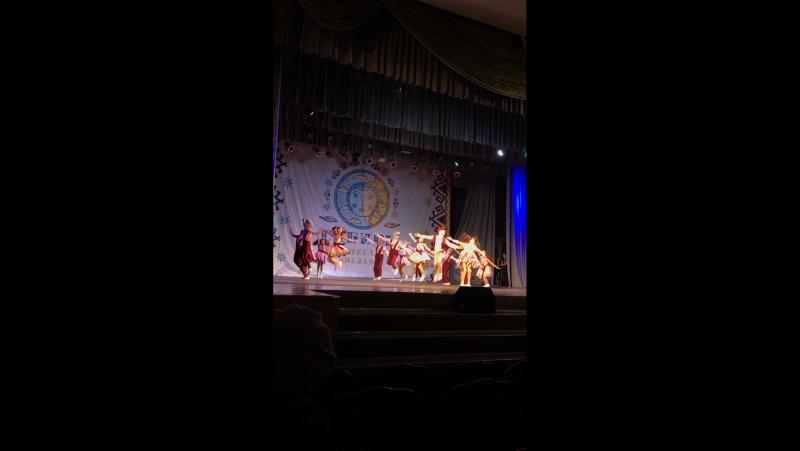 Танец кухня на конкурсе , мои девочки танцуют