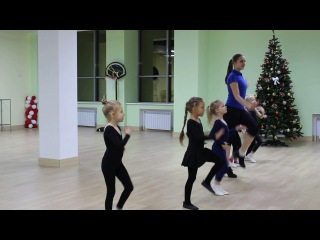Средняя группа по танцам в «Магис Дети» 3-6 лет