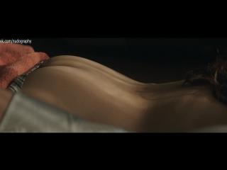 Попка Софи Такал (Sophia Takal) в фильме Божий карман (God's Pocket, 2014, Джон Слэттери) 1080p