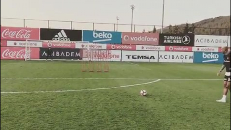 Talisca ⚫ ⚪ Vurdu Goal Oldu