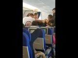 Пьяный русский турист устроил дебош на рейсе в Бангкок