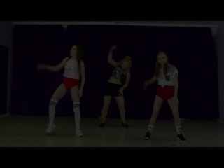 Routine by Asya Fab (beginners group)