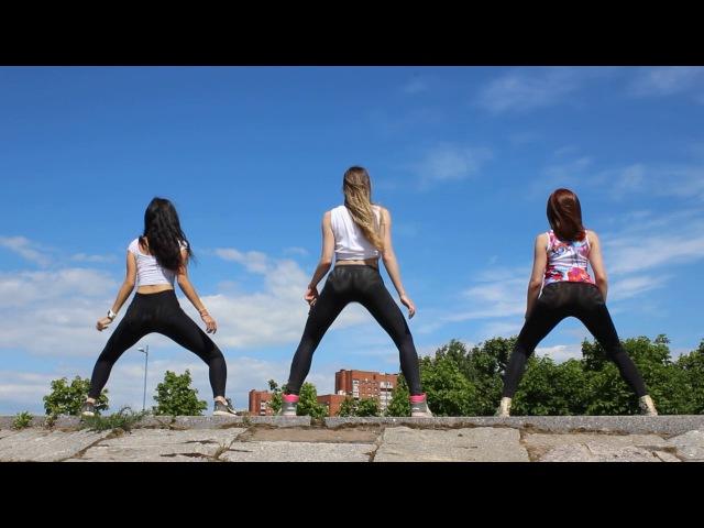 Summer Reggaeton Dance Video by Coach
