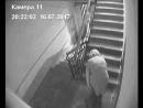 """В Орске завелась """"писающая соседка"""": женщина справляет нужду в подъездах"""