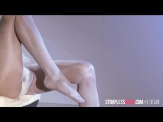 Ballerina mia reeses cock really cums.