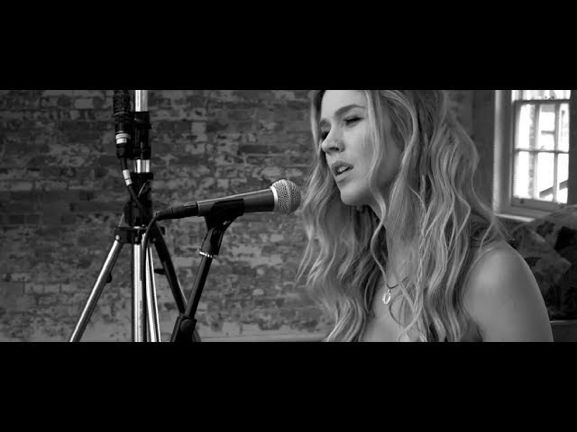 Joss Stone - Stuck On You (SOUNDS Acoustic, 2015)