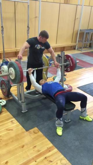 Ольга Зубова - жим лежа 120 кг