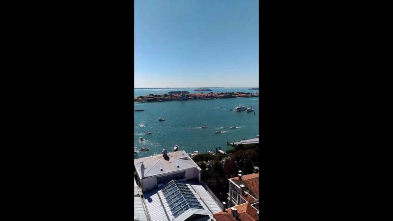 Венеції