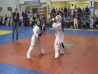 Ушаков Иван (основное время) первый бой за выход в след. круг.