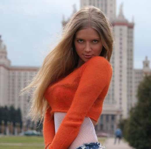 Julia Kova