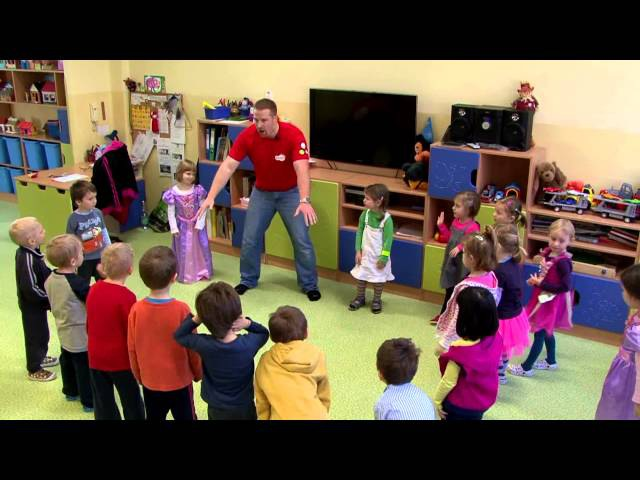 How to teach Kids   from a Prague kindergarten, part 1   English for Children