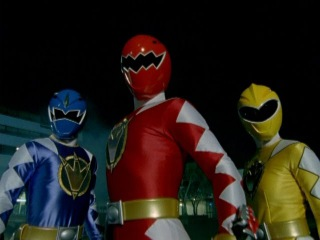 Power Rangers Dino Thunder - First Morph and Fight.