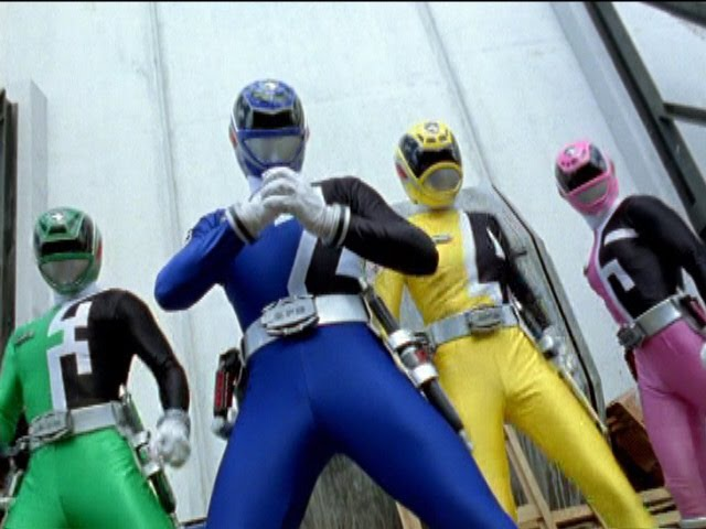 Power Rangers S.P.D. - First Morphs and Fights.