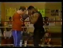 Майк Тайсон. Тренировка боксера _ Mike Tyson. Training a boxer. - YouTube [360p]