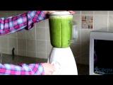 Как приготовить полезный зелёный коктейль