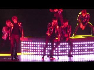[FANCAM D2] 161210 The EXO'rDIUM in Osaka @ EXO's Lay - Transformer