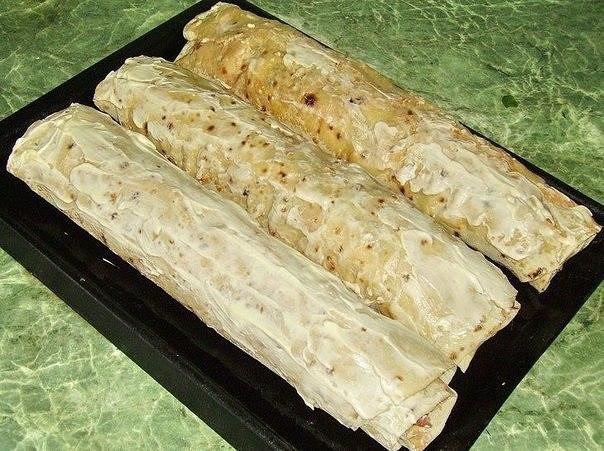 """""""Фаршированный"""" лаваш запечённый в духовке Ингредиенты: тонкий армянский лаваш мясо"""