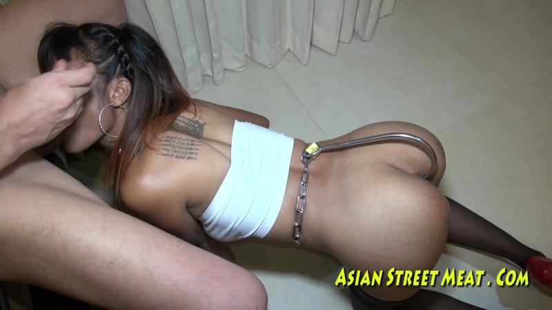 Порно ролик случайно снял транса, обладательница самых больших половых губ