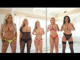 Phoenix Marie Nina Elle блондинки и брюнетка секс порно большие сиськи anal sex porno минет киска