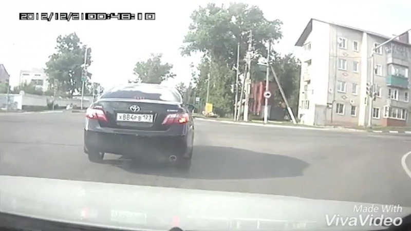 Столкновение ПАЗа с ВАЗом в Липецкой области попало на видео