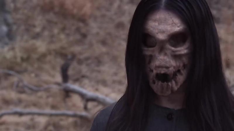 Женщина из книги (Woman in the Book) 2016, короткометражный фильм ужасов Crypt TV