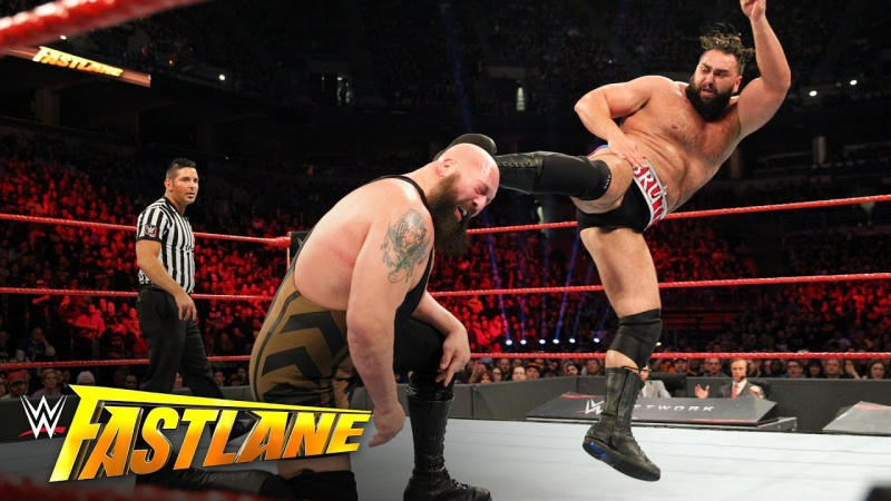 Big show and braun strowman broke the ring while wrestling, this is epic!