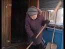 Когда возраст спорту не помеха: 81-летняя жительница села Тогур Валентина Кривобок выполняет силовые упражнения на тренажерах и