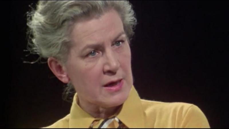 Мир в войне - 27. Секретарь Гитлера. Интервью с Траудль Юнге / Secretary to Hitler - Traudl Junge (1974)