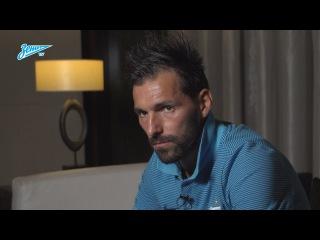 Данни на «Зенит-ТВ»: о тренировочных сборах, новичках и своем возвращении