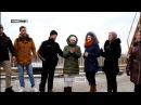 Студенты спели «Спят курганы темные» в «серой зоне» на мосту, разделяющем ЛНР и Украину