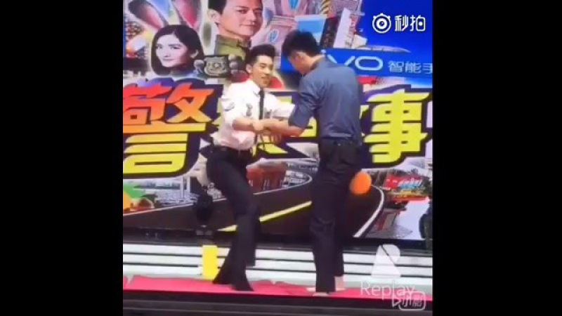 160328 Happy Camp Filming - WeizhouJinyu Wresling in Slow Motion