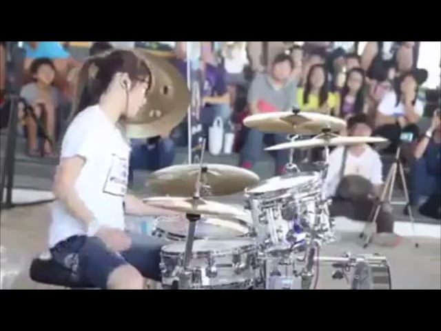Djevojka rasturlla Girl Rocks