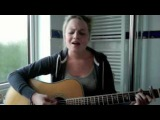 Mama Do - Newton Faulkner Live LoungePixie Lott - Acoustic Cover
