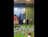 Прощай детский сад.Танцуют все )