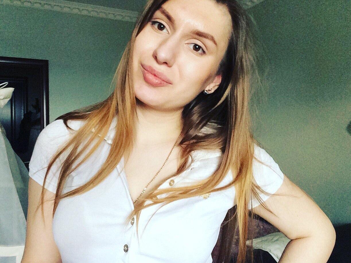 Анна смирнова москва как по взгляду понять что нравишься девушке на работе