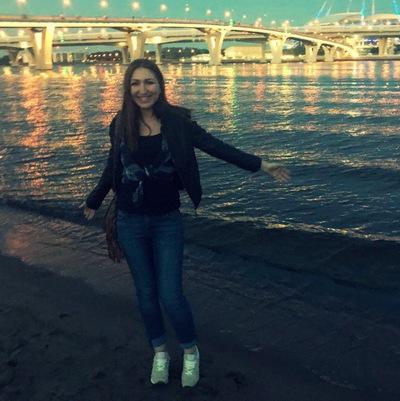 Анна Серебреникова