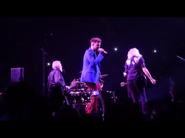 Queen - Crazy Little Thing Called Love @ Barclays Center, NY w Adam Lambert 2017