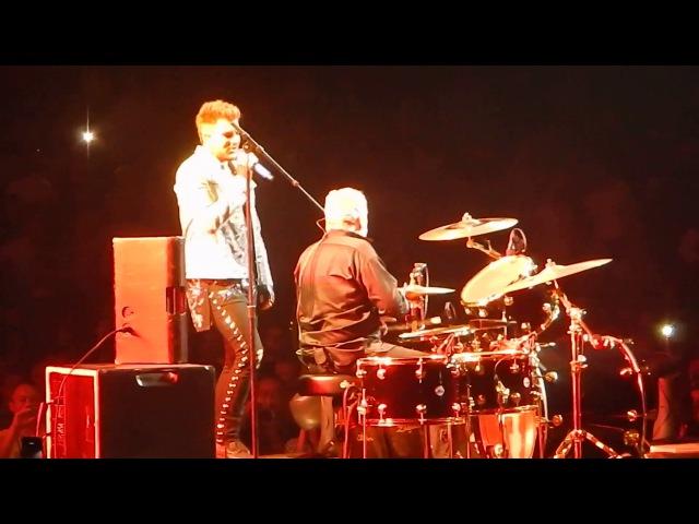 Queen Adam Lambert - Under Pressure - Brooklyn NY Barclays Center - 07-28-17